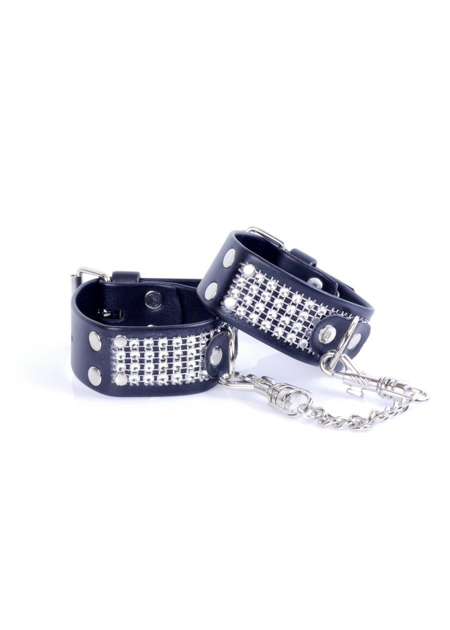 33-00094 cuffs with diamonds 1